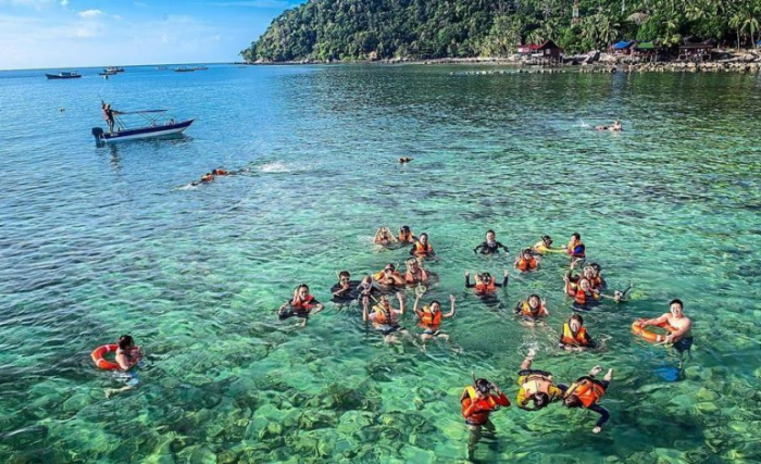 Sibuti Coral Reef National Park in Miri 2