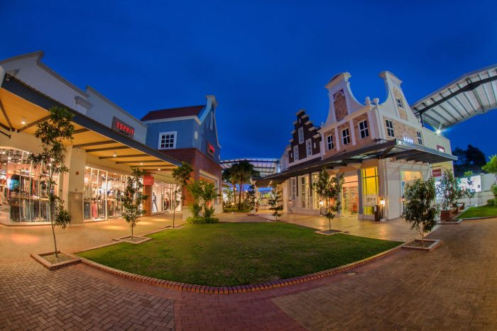 27Freeport A'Famosa Outlet Village