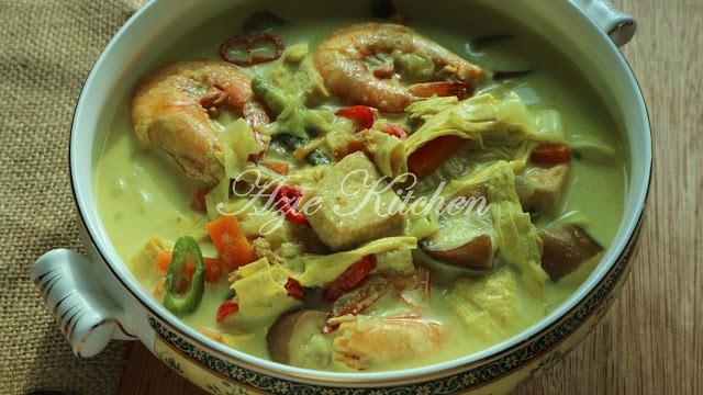 Lontong Dan Kuah Lodeh Azie Kitchen