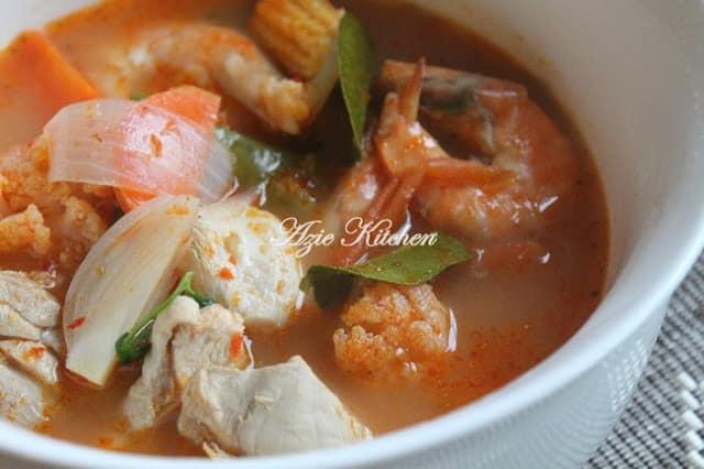 Tom Yam Thai Azie Kitchen